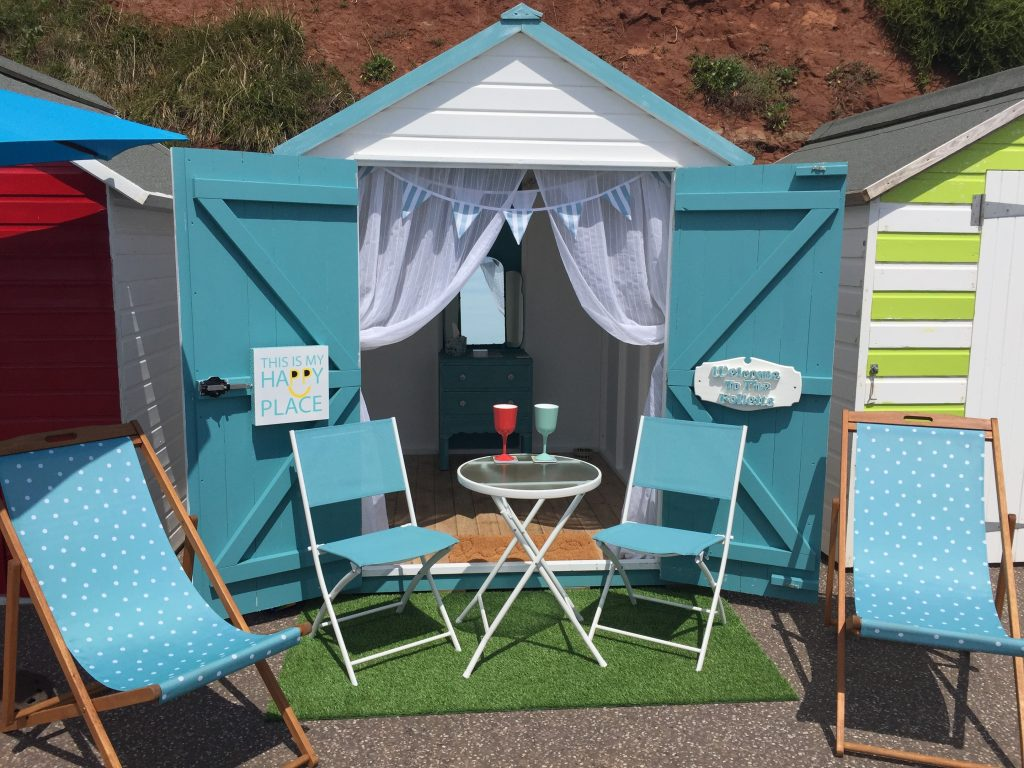 The Beach Hut Beer Beach Devon - The Folletts Holiday Cottages
